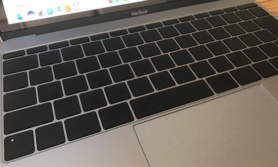 MacBook_ブラックアウトステッカー